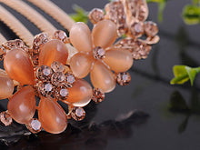Load image into Gallery viewer, Rose Gold Flower Trio Light Peach Bead Hair Comb