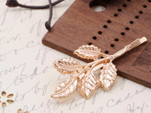 Load image into Gallery viewer, Bohemian Petit Realistic Leaves Twig Autumn Decorative Hair Clip Pin