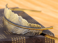Load image into Gallery viewer, Vintage Bohemian Bronze Single Carved Bird Feather Head Band
