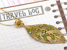 Load image into Gallery viewer, Vintage Peridot Green Dragonfly Leaf Pendant Necklace