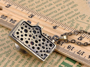 Vintage Like Retro Camera Pendant Necklace