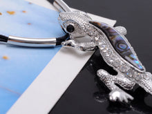 Load image into Gallery viewer, Green Resin Bead Body Water Gecko Lizard Pendant Necklace