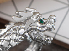Load image into Gallery viewer, Roar Feisty Emerald Eye Silver D Dragon Head Able Sized Ring