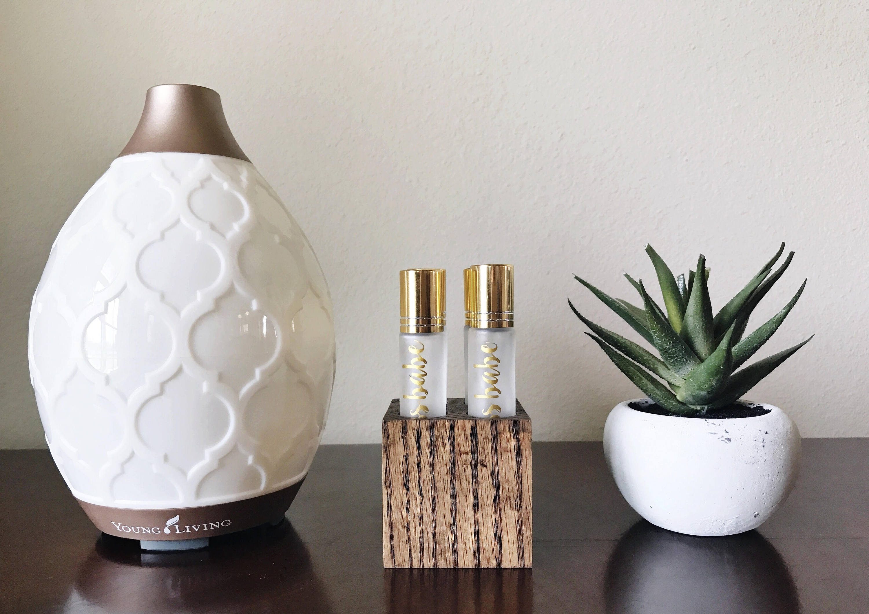 Roller Bottle Essential Oil Wood Block