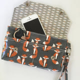 Wristlet/Wallet in Laminated Cotton