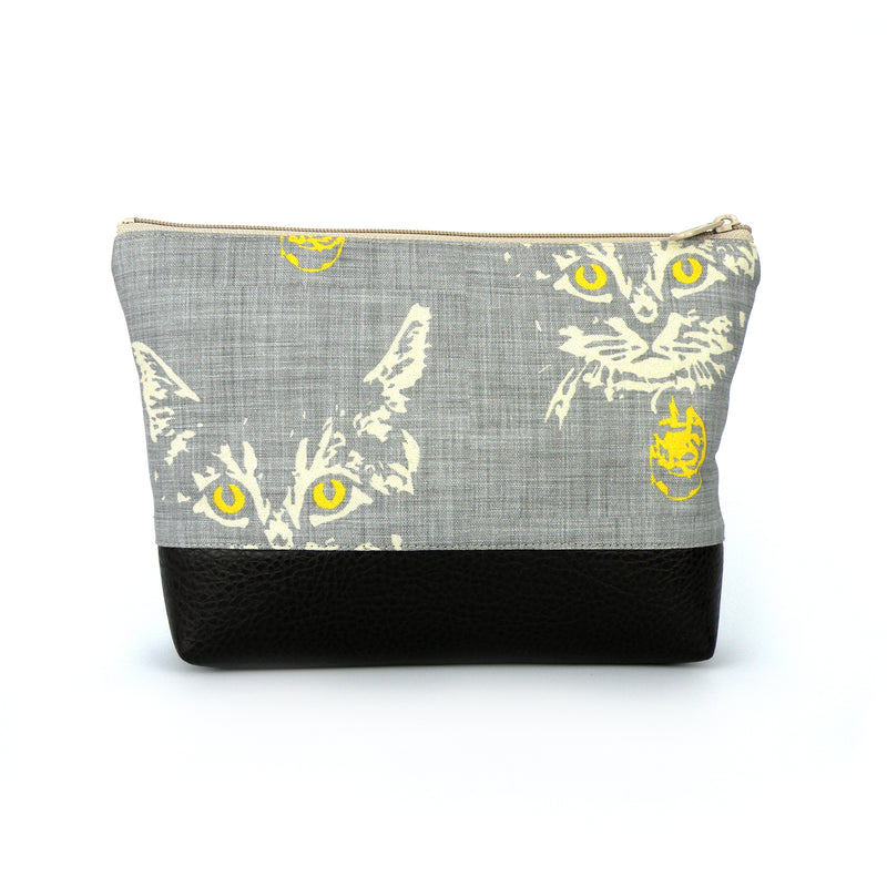 Cosmetic Clutch in Cat Print Linen