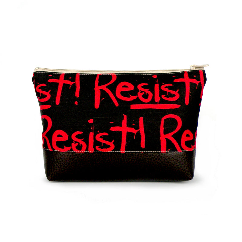 Cosmetic Clutch in Resist!