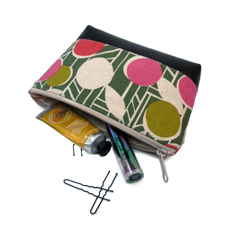 Cosmetic Clutch in Green/Pink Floral
