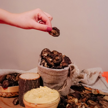Load image into Gallery viewer, Black Summer Truffle Shiitake Chips Bundle (4 x 75g)