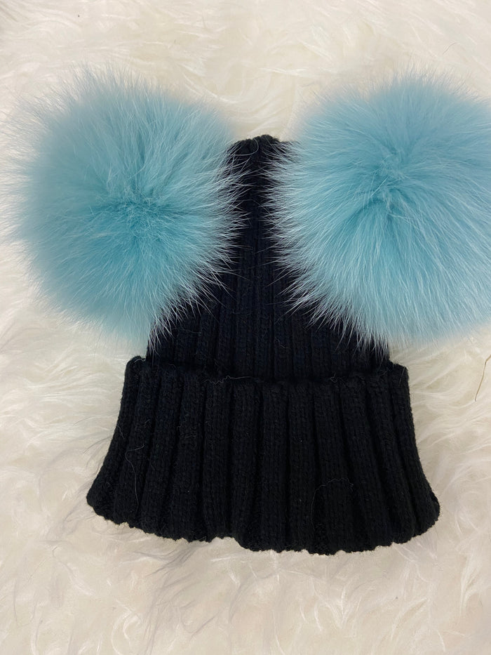 Fur Double Pom Black with Turquise Poms