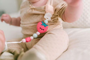 Loulou Lollipop Pacifier Clip Strawberry