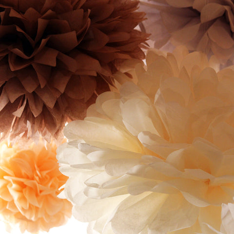 PomAdore's original Storybook tissue paper pom set features a mixture of petal and point tips.