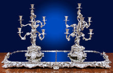 Load image into Gallery viewer, The Queen Adelaide Garniture De Table