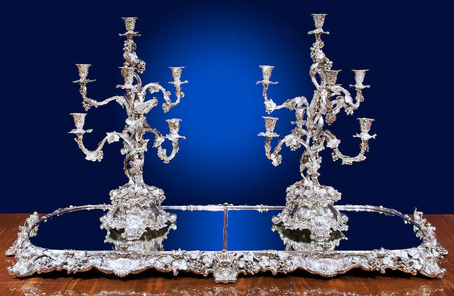 The Queen Adelaide Garniture De Table