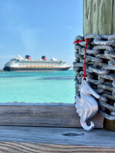 Load image into Gallery viewer, Disney Cruise Seahorse Hook - 3D Printed Ornament