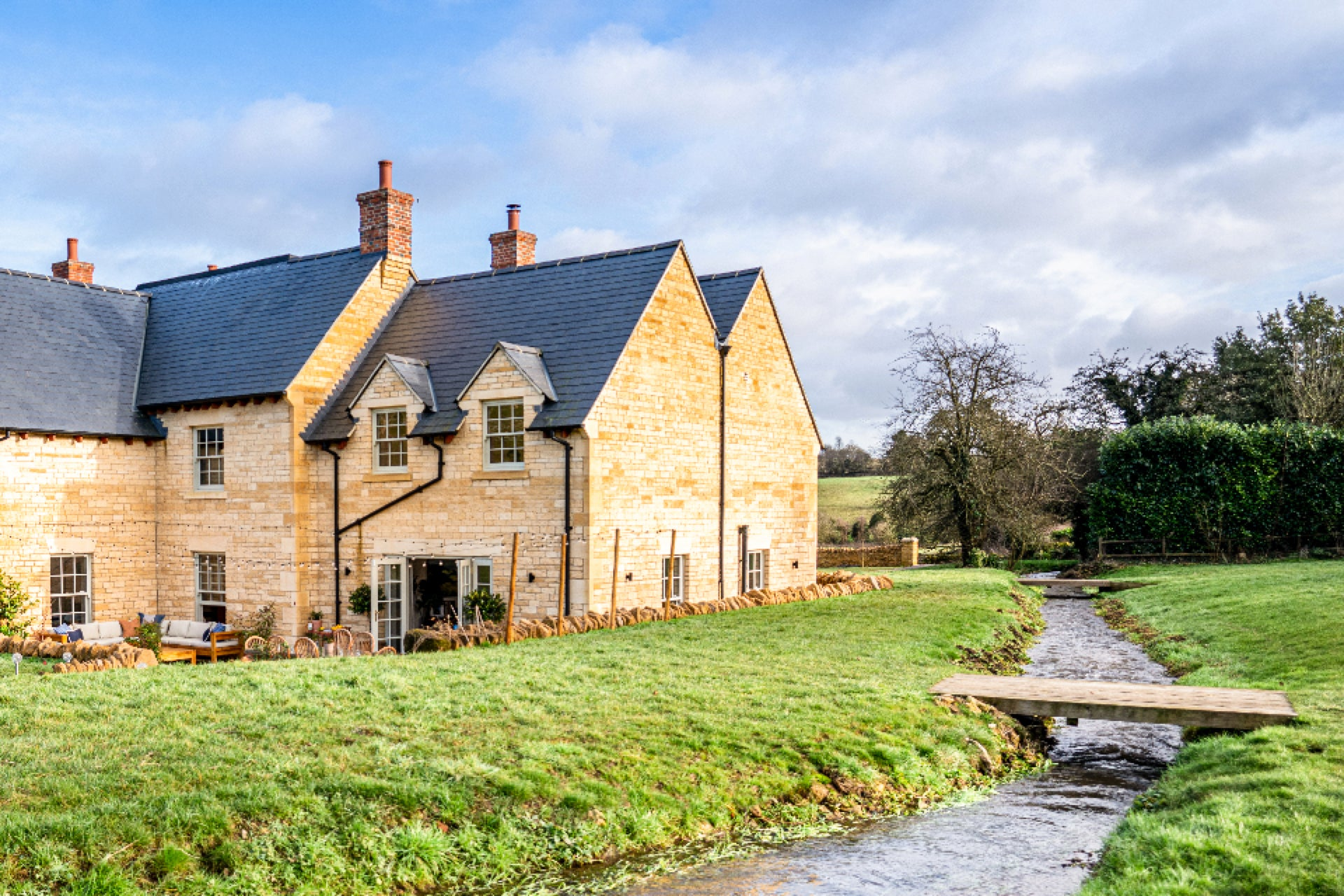 2.3 acres of land cotswolds country house