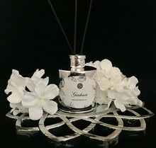 Load image into Gallery viewer, Gardenia Reed Diffuser