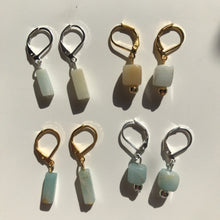 Load image into Gallery viewer, Earrings • Dropping Stones