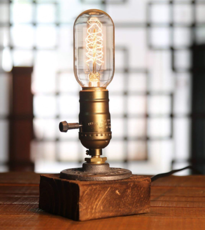 Lamp ❥ Wood • Dimmable