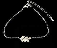 Load image into Gallery viewer, Charm Bracelet • Leaf