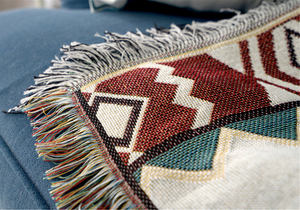 Throw Zuma • Bed Cover • Sofa Blanket ▷ Aztec Red