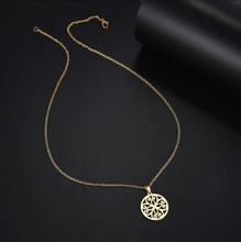 Load image into Gallery viewer, Necklace • Petals
