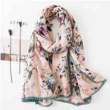 Load image into Gallery viewer, Scarf • Austria