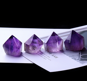 Crystals • Amethyst • Diamond Shape