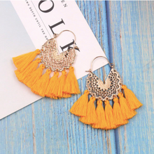 Load image into Gallery viewer, Cotton • PomPom • Victoire Earrings