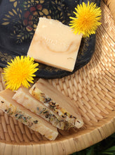 Load image into Gallery viewer, Honey Meadow Cider Soap