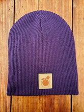 Load image into Gallery viewer, Finnriver Apple Slouch Beanie