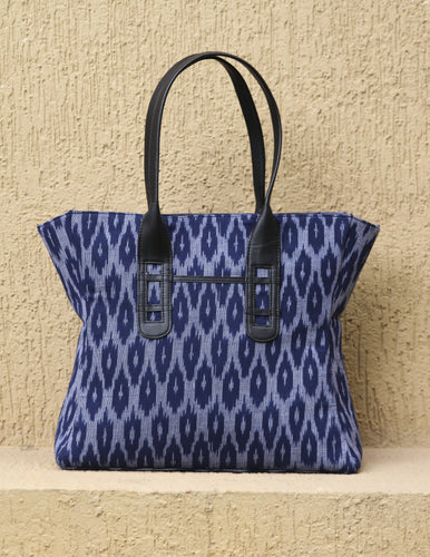 Ikkat Tote Curved Bag - AVA Boutique
