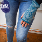 Load image into Gallery viewer, Wool Mittens Teal