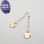 Load image into Gallery viewer, Disc Bar Earrings White
