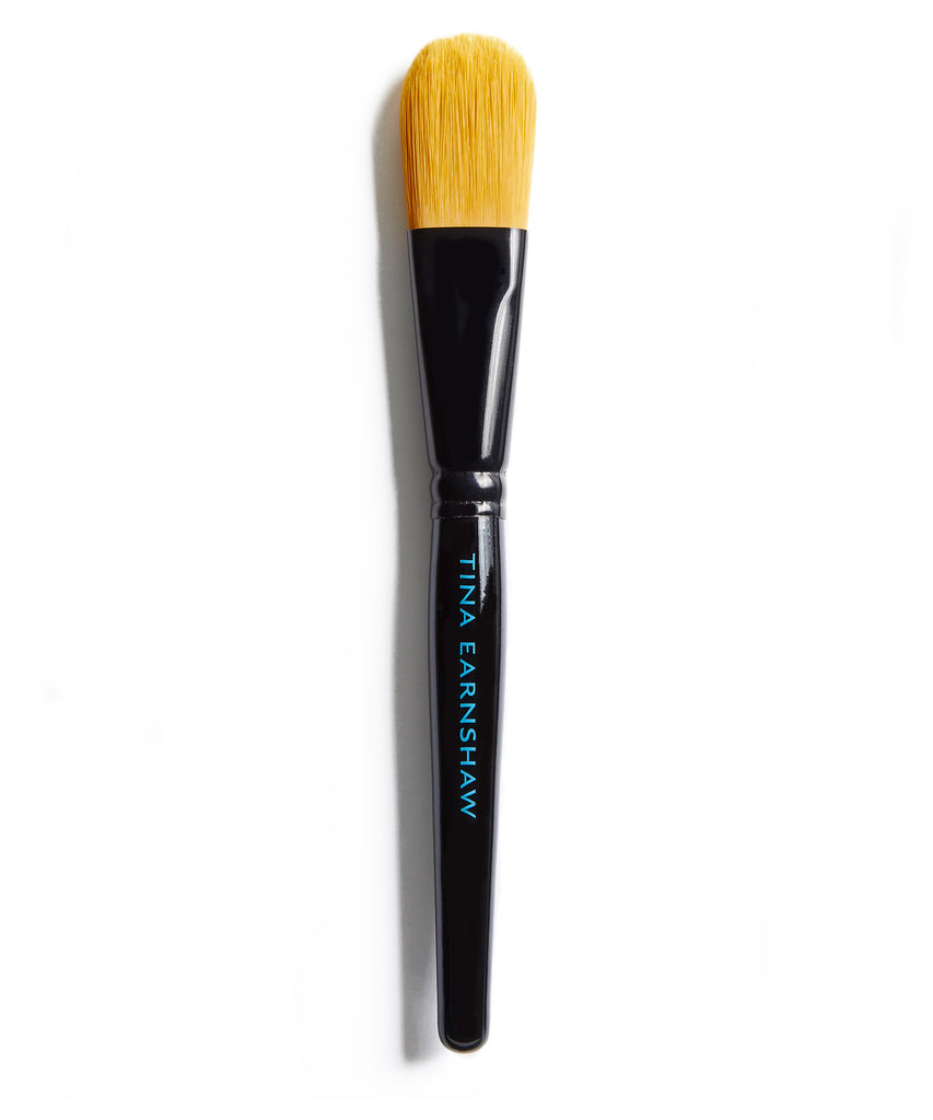Tina Earnshaw -  Large Foundation Brush - No11