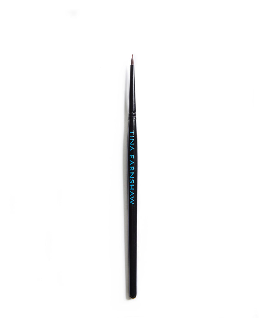 Tina Earnshaw -  Medium Eyeliner Brush - No7
