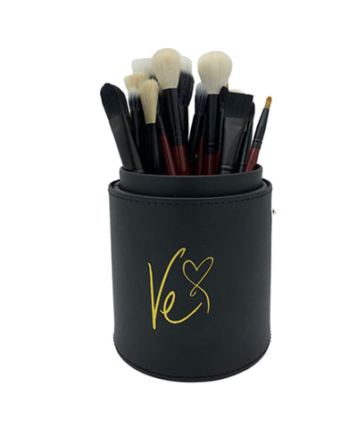 VE'S FAVORITE BRUSHES BEAUTY - LINER