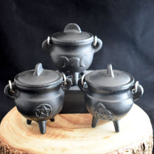Load image into Gallery viewer, Small Cast Iron Cauldron With Lid - 3 Types - witchchest