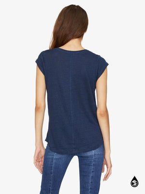 ALMA SCOOP TEE