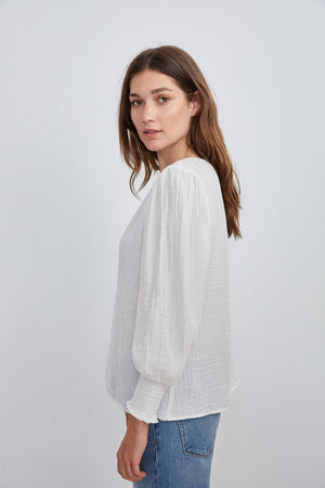 Load image into Gallery viewer, COTTON GAUZE 3/4 SLEEVE TOP