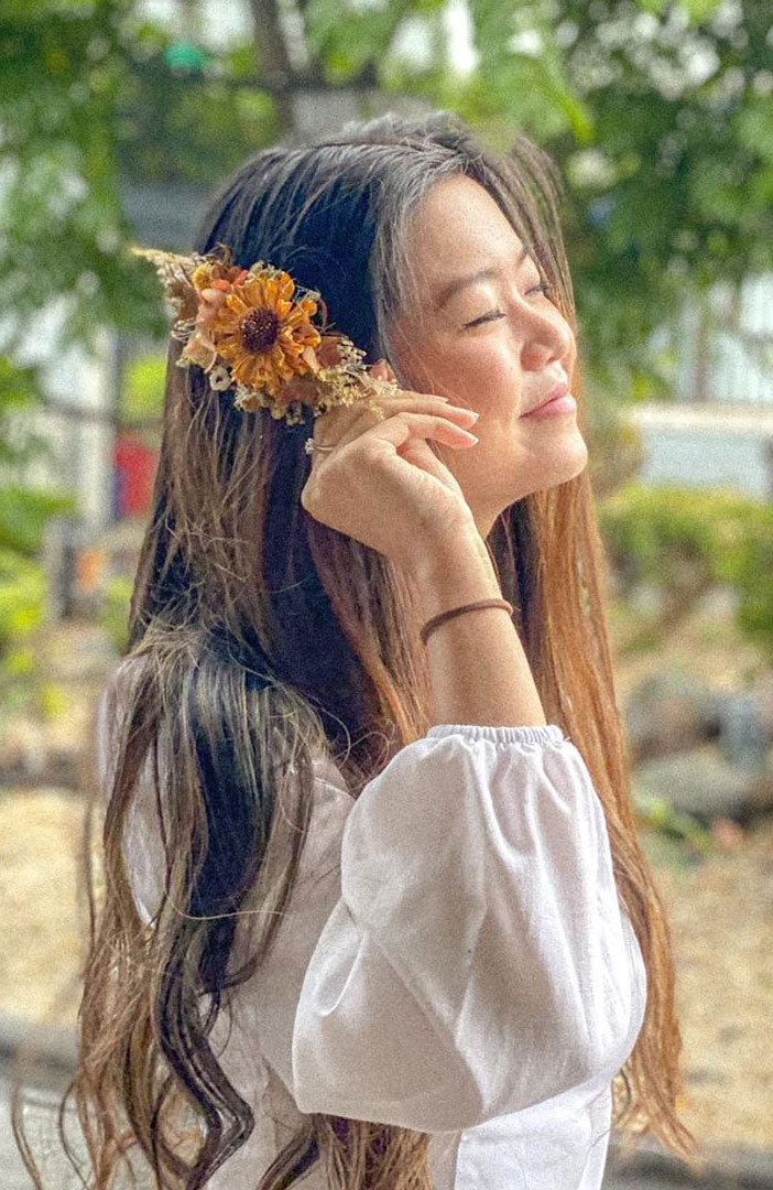 Preserved floral hair accessory