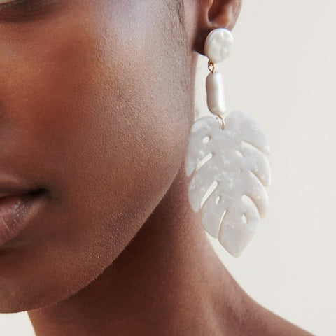 Shell Love You Earrings
