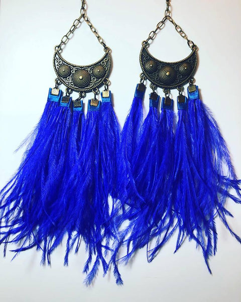 AVEZ OSTRICH FEATHER EARRINGS - BFLY