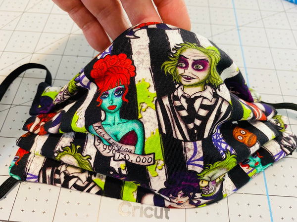 BEETLEJUICE STRIPED SHOWTIME FACE MASK