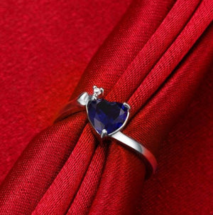 Romantic Heart Crystal Silver Plated Splendid Ring For Women/Girls