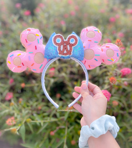 Donuts and Pretzels | Mouse Ears