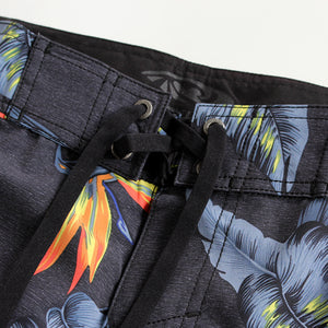 N90-B5024 (Paradise bird-black), Men Microfiber Boardshorts (4-way stretch) - three pockets
