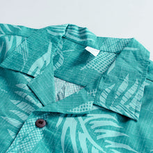Load image into Gallery viewer, C90-A552 (Aqua leaf), Men 100% Cotton Aloha Shirts.