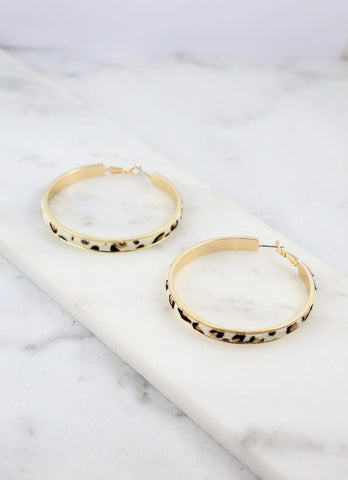 Leopard Latchback Hoop earrings - Ivory