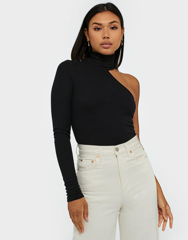 NLY TREND ONE SIDE TURTLENECK TOP